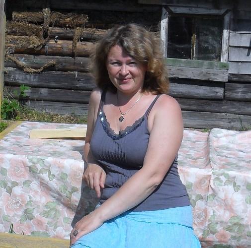 в 40-49 с женщинами знакомства латвии