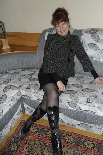 фото людмила раздвигает ноги