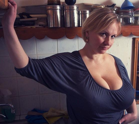 Зрелые мамочки с огромной грудью видео онлайн — 6
