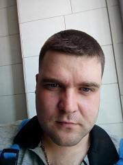 где мне познакомиться с парнем в москве